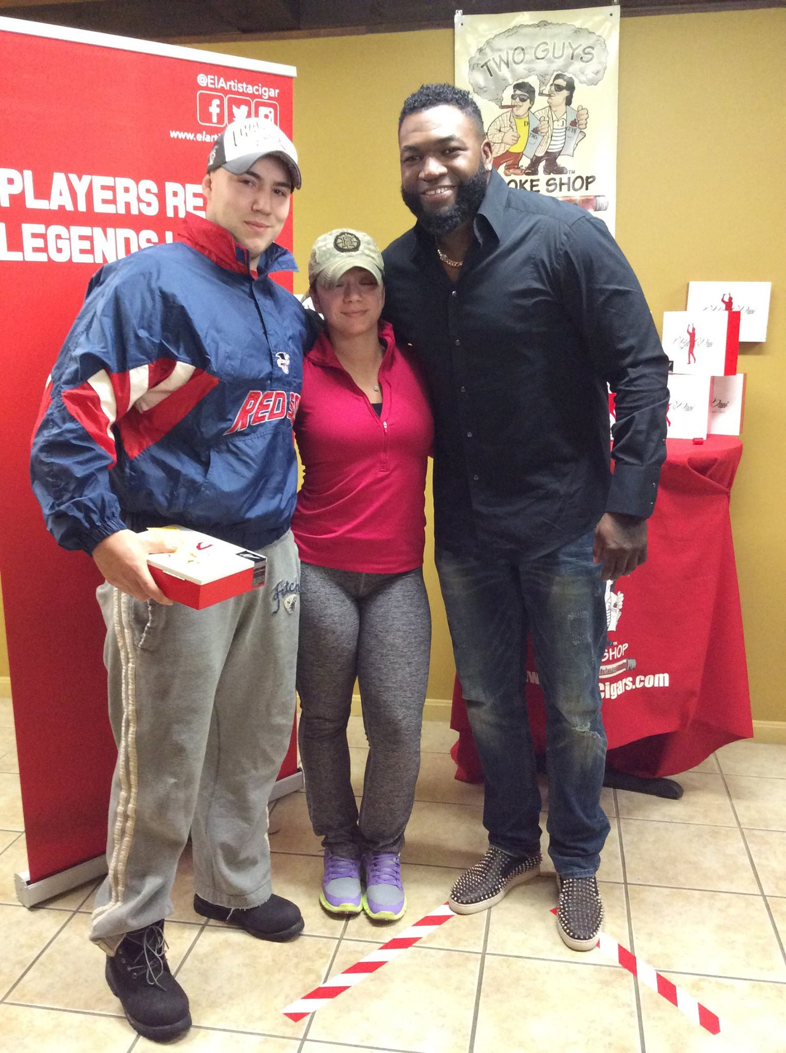 David Ortiz Visits Two Guys Smoke Shop Salem